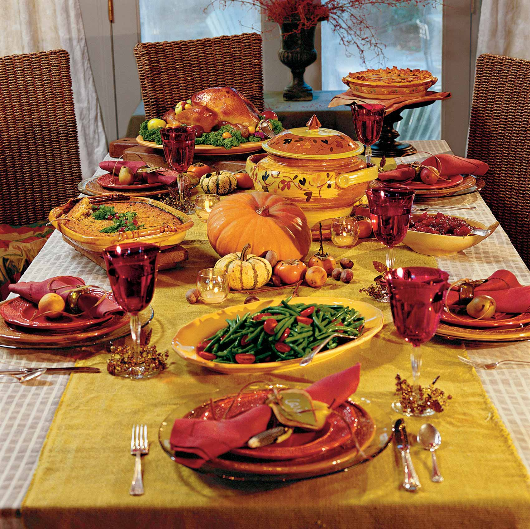 ELS sponsors at least one family every Thanksgiving